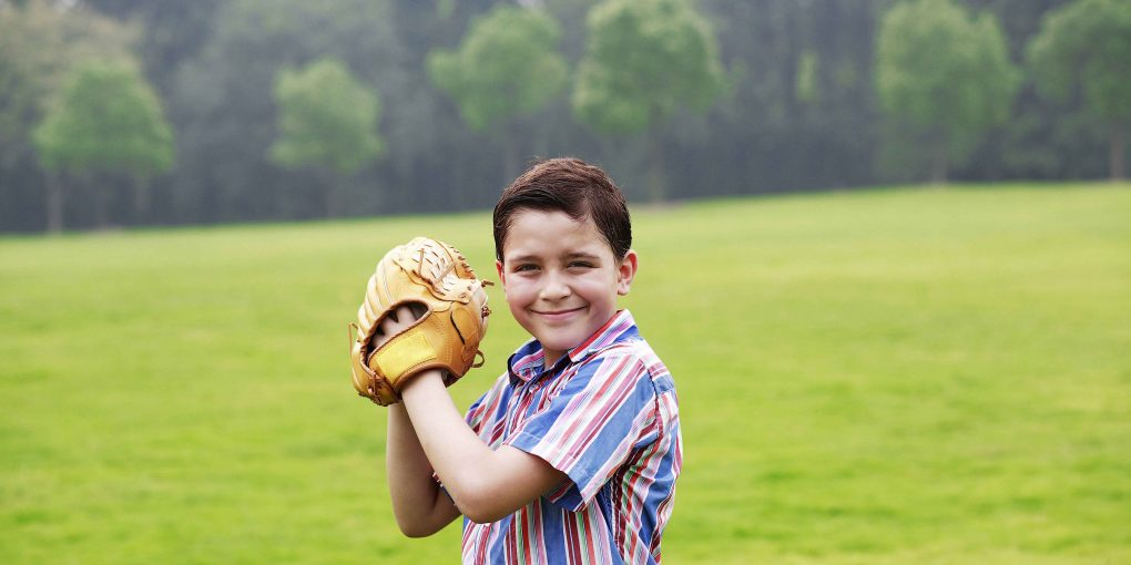 Be Conscious While Choosing Baseball Gloves